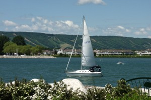 blue mountian chalet rental sailing